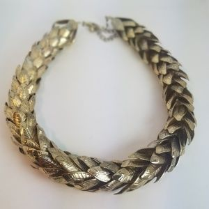 Jewelry - Vintage Gold Tone Leaf Stacked Choker Necklace